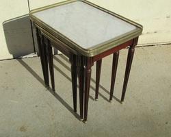 3 tables gigognes Louis XVI
