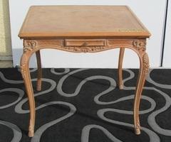 Table à jeux, de style Louis XV