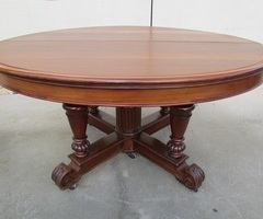 Superbe table en acajou, 1890-1900 ouvrante jusqu'à 6,20 m , vendue