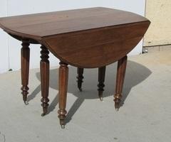 Table ronde à rabats ,ouvrante, 6 pieds en chêne , 1900s , VENDUE