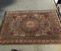 Grand tapis persan , 140 x 200 cm , beige-rosé , vendu