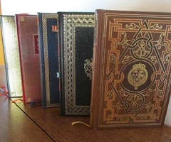 Beaux livres reliés dépareillés : énigmes et mémoires