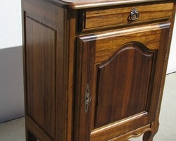Confiturier rustique en bois exotique