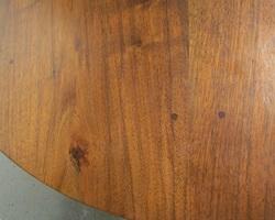 Grande table oblongue en noyer massif, 12 à 14 personnes