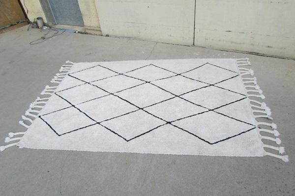 Tapis berbère en coton , très tendance : 140 x 200