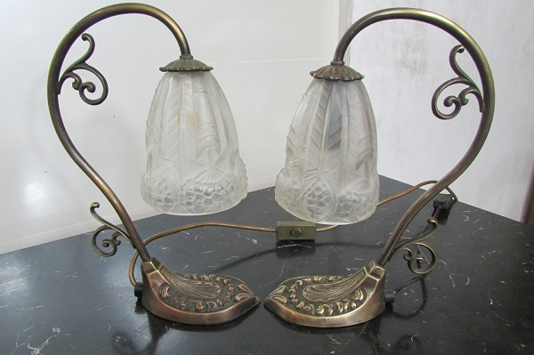 Paire de lampes de bureau ou de chambre en bronze , art déco