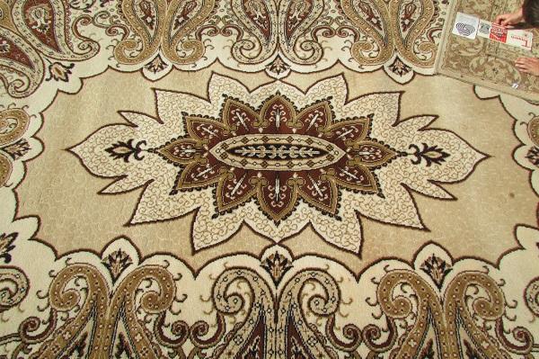Beau tapis 100% laine , 200 x 300 cm