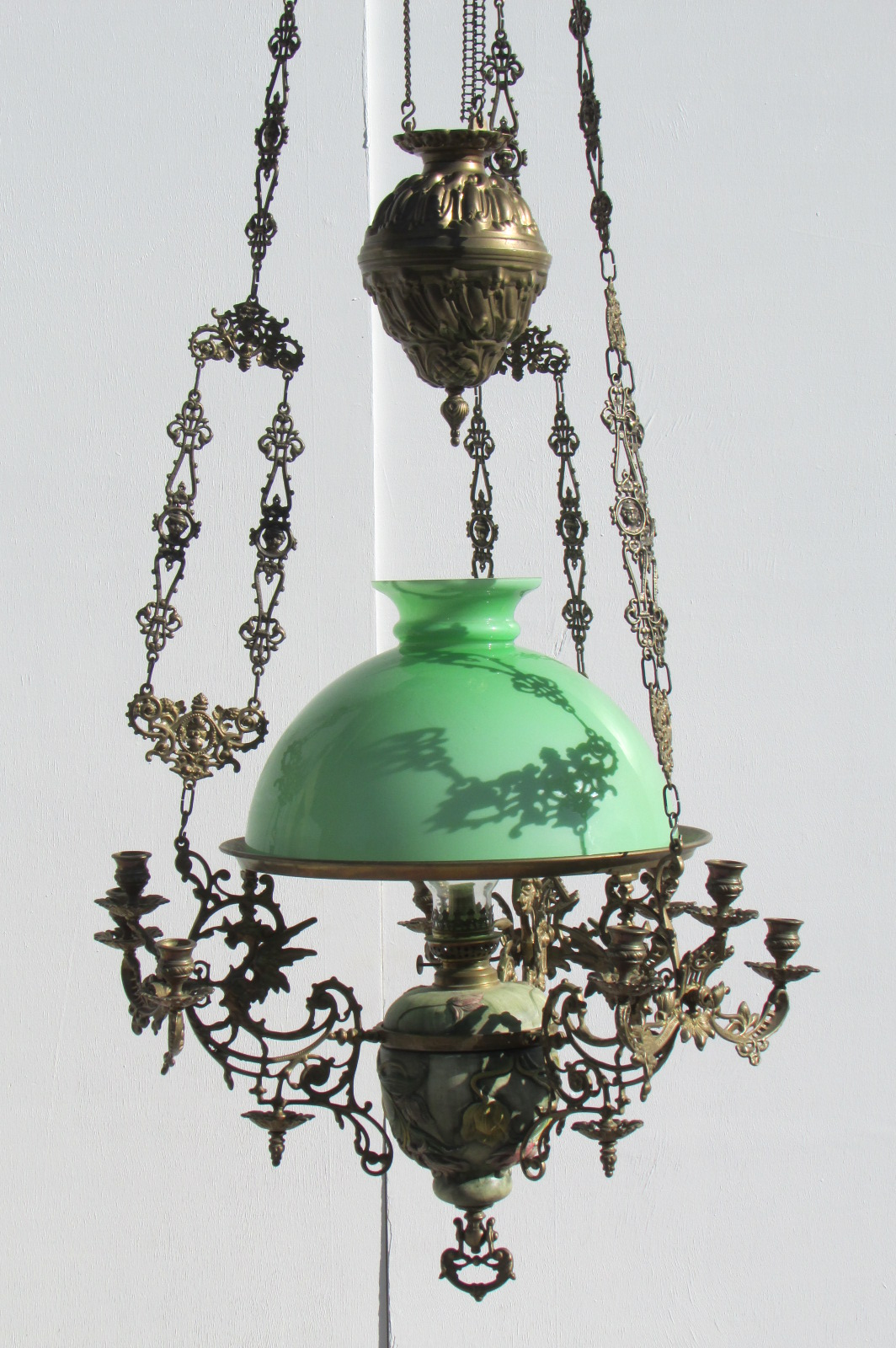 Monte-baisse en bronze et opaline , style Napoléon III