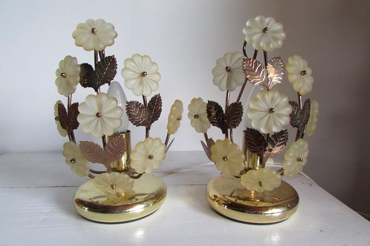 Paire de lampes vintages des années 70 , métal doré, fleuri
