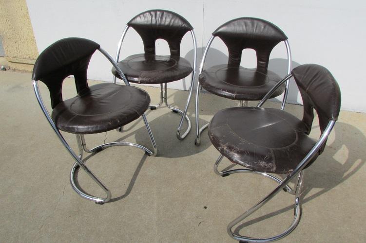 4 chaises Italian Modern, année 70, Space Age